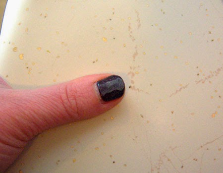 How To Remove Gel Nail Polish file