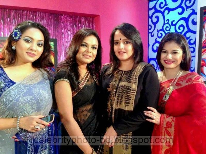 Most+Popular+Female+Bangladeshi+News+Presenter+Farhana+Nisho's+New+Hot+Photos+Collection010