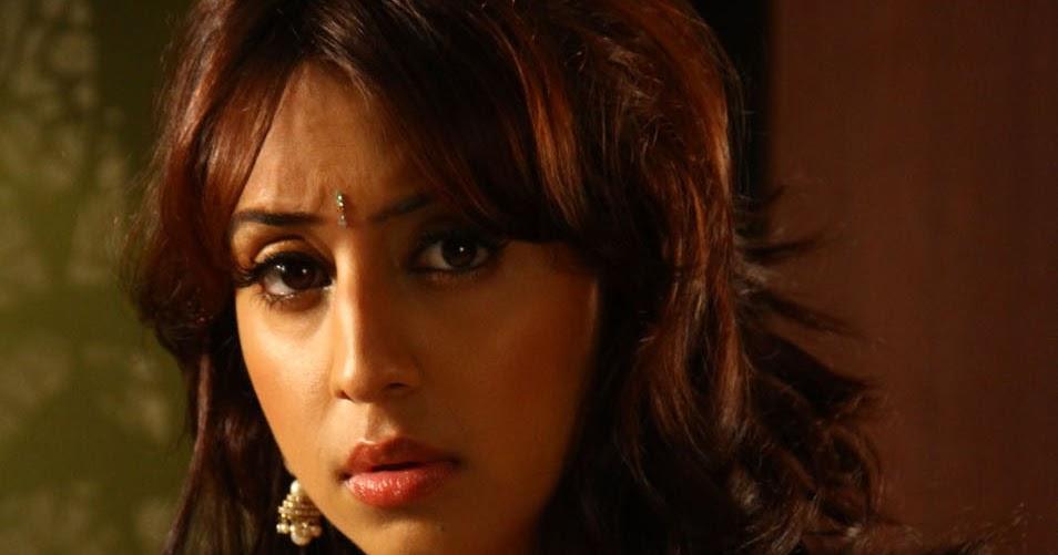 Sanjana Hot Photos In Mugguru Movie