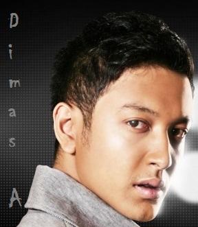 Dimas Anggara - Biodata dan Foto - Aktor Ganteng Indonesia