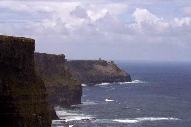 96. Cliffs of Moher (Dublin, Ireland)