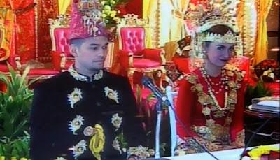 Foto Pernikahan Teuku Wisnu dan Shireen Sungkar
