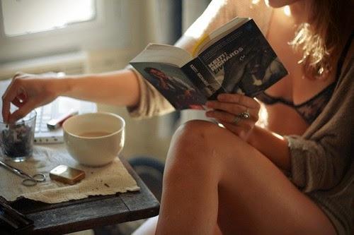 Café con leche, por favor.