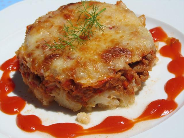 Coliflor a la boloñesa, tomate y carne Ana Sevilla
