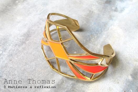 Manchette dorée rouge Anne Thomas bijoux Palais Royal