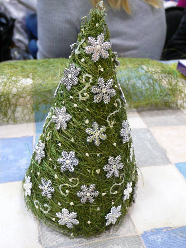 christmas craft ideas: christmas trees tutorial