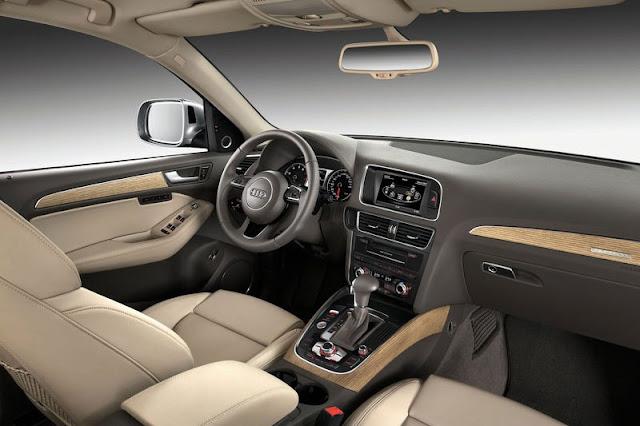 2013 Audi Q5 SUV Front Interior