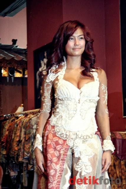 JUAL KEBAYA MODERN TERBARU MURAH - Toko Baju Batik Solo Online