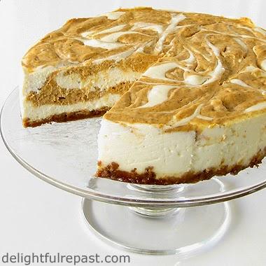 Pumpkin Swirl Cheesecake / www.delightfulrepast.com