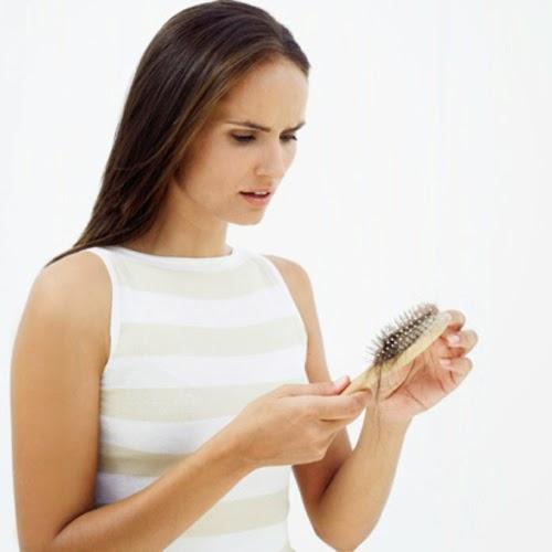 Kenali Punca Rambut Gugur Dan Cara Mengatasinya