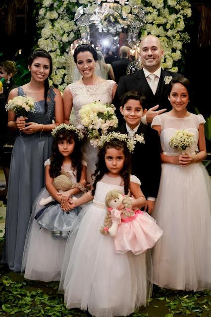 Casamento, decoração, luxo, branco e verde, patu anu, m zanirato, buquê, noiva e noivo, cerimônia, dama e pajem
