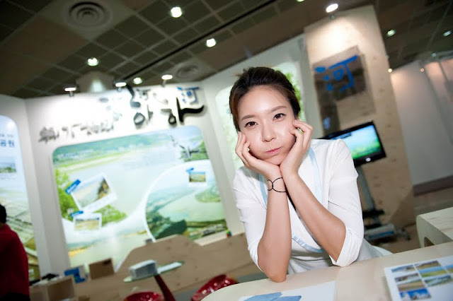 Min Da Huin at Korea Brand Expo 2011