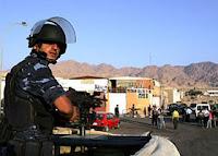 قطع طريق بشرم الشيخ احتجاجا على ضبط بدوى بحوزته طن مخدرات