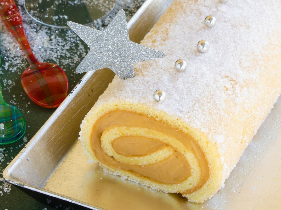 http://carrotcake.fr/fr/recipes/buche-de-noel-aux-marrons
