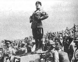 Brizzi immagina Mussolini vincente