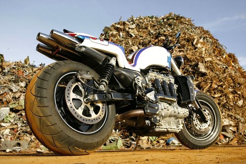 [Image: Triumph-Rocket-III-cafe-racer-03.jpg]