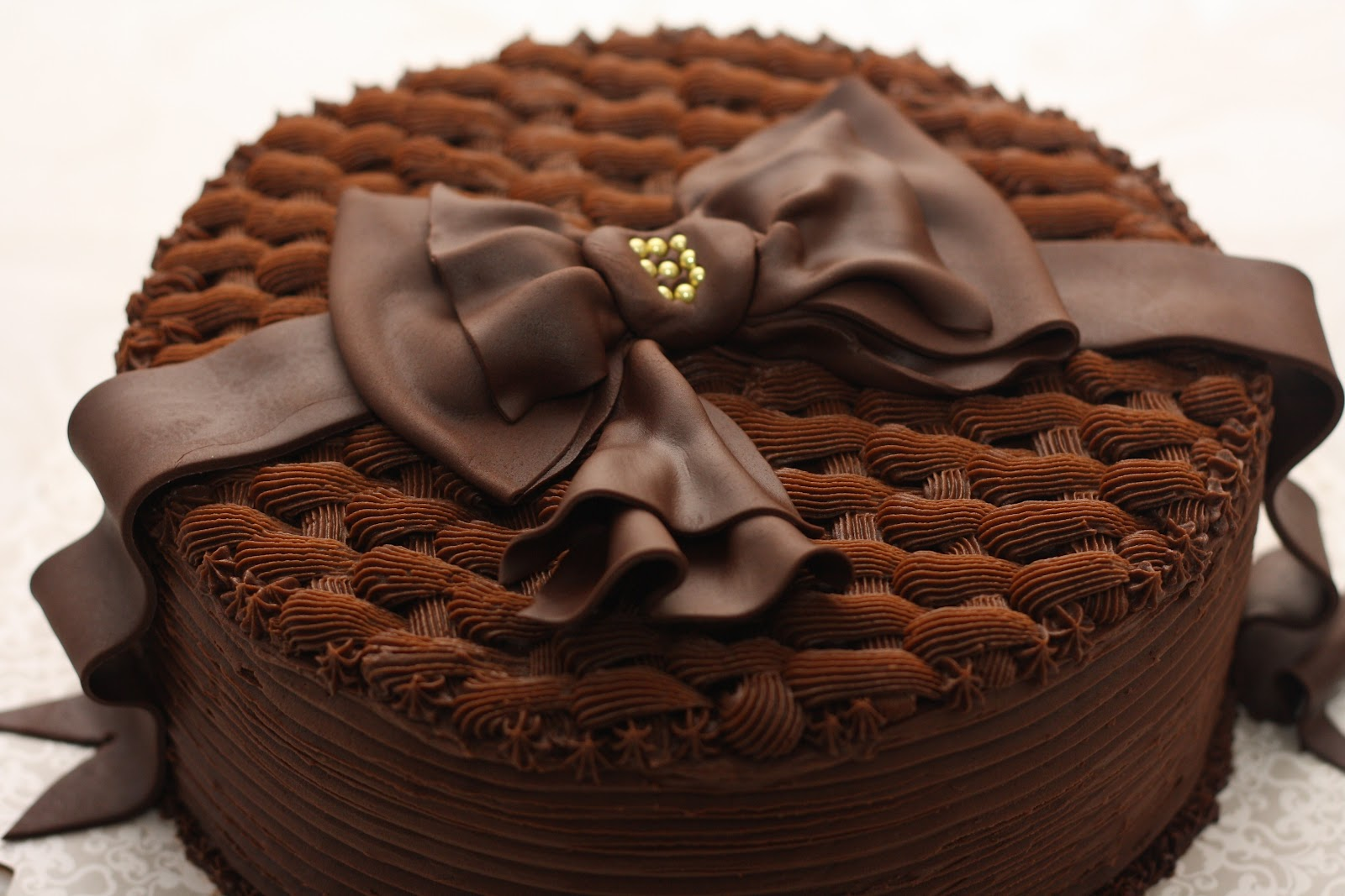 Cute Chocolate Cake Images : bccakes: Happy birthday, Bruce!