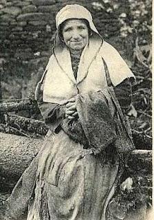 Agathe, la mendiante Clermontoise.