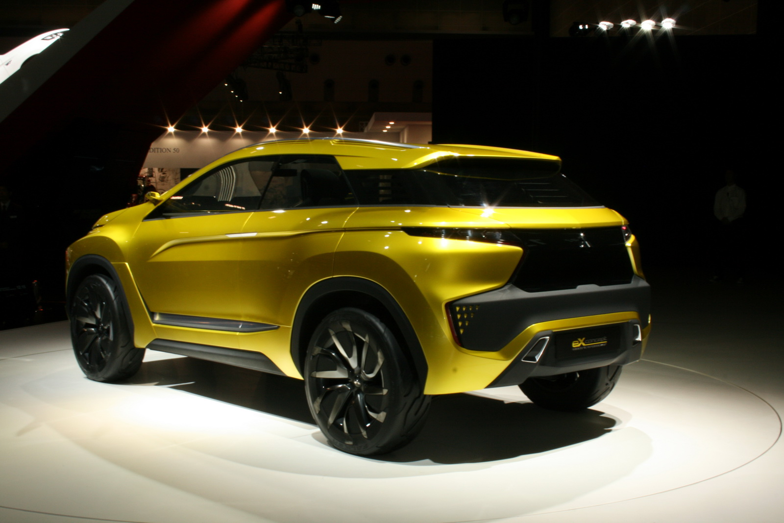 mitsubishi previews their first fully electric suv with the ex concept carscoops. Black Bedroom Furniture Sets. Home Design Ideas
