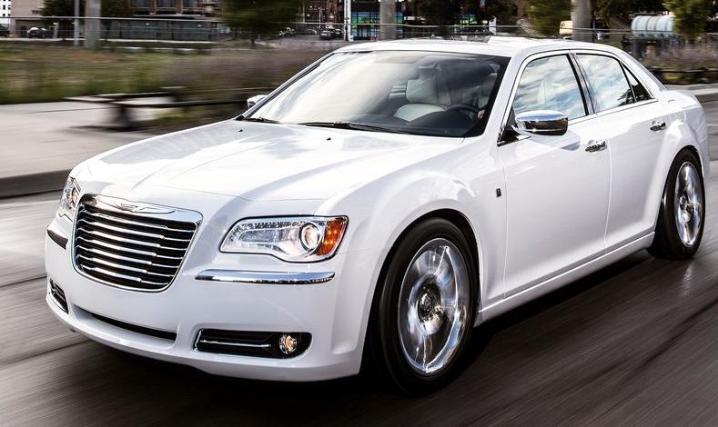 2013 Chrysler 300 Motown Edition white