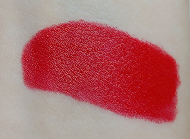 MAC Hey, Sailor! Lipstick in Red Racer Swatch