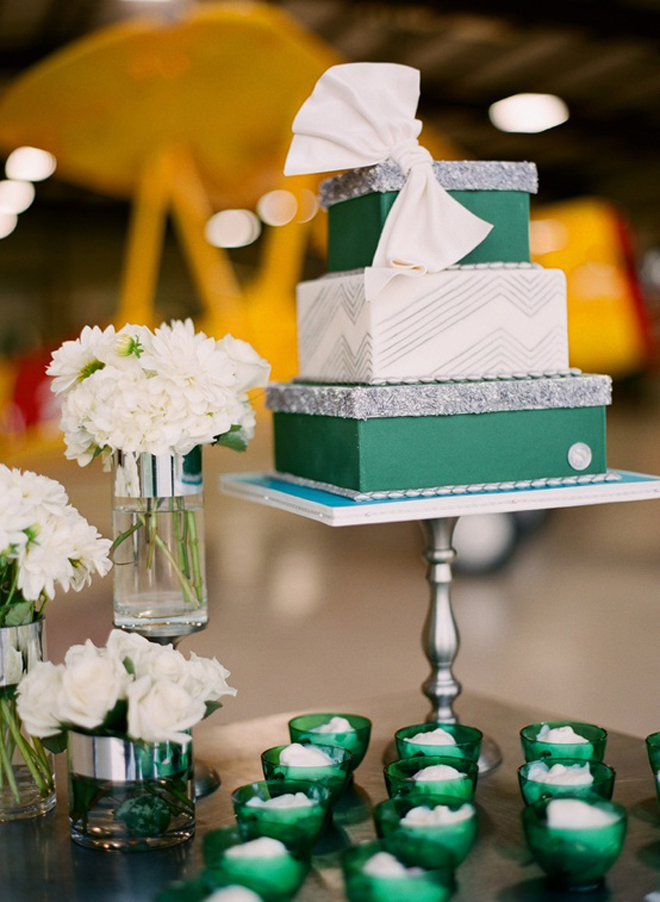 Emerald green 2013 color of the year the ultimate wedding guide