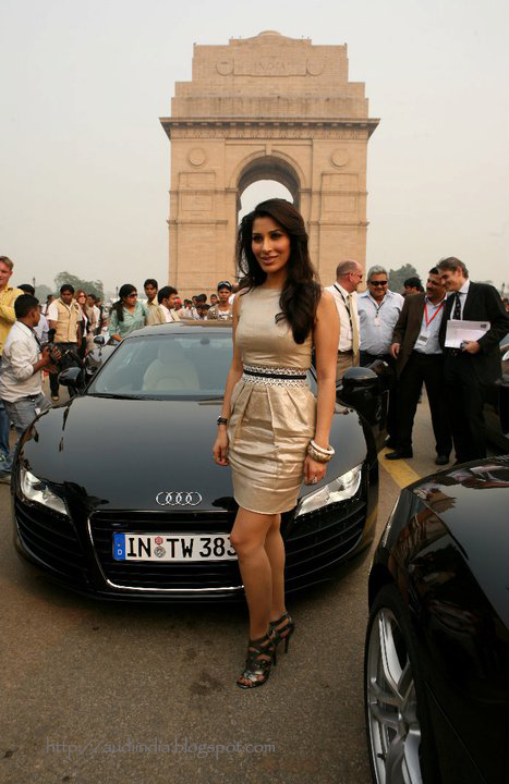 Hot Models Vs Audi R The World Of Audi - Audi car r8 price in india