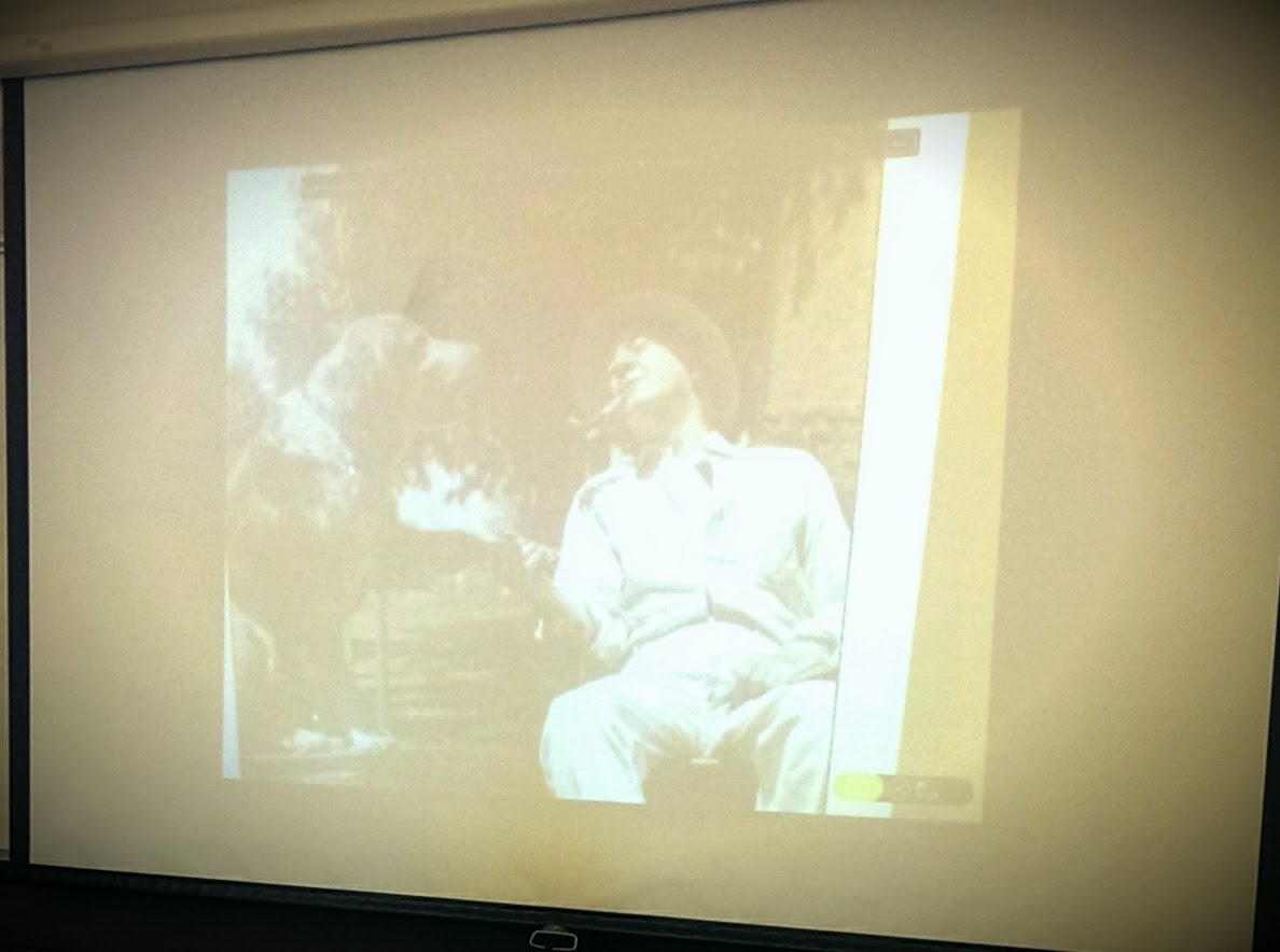readingisswagg strategies for visual learners while ing a seventh grade writing class the teachers projected a photograph of a man a dog right and gave the students a story sparkers