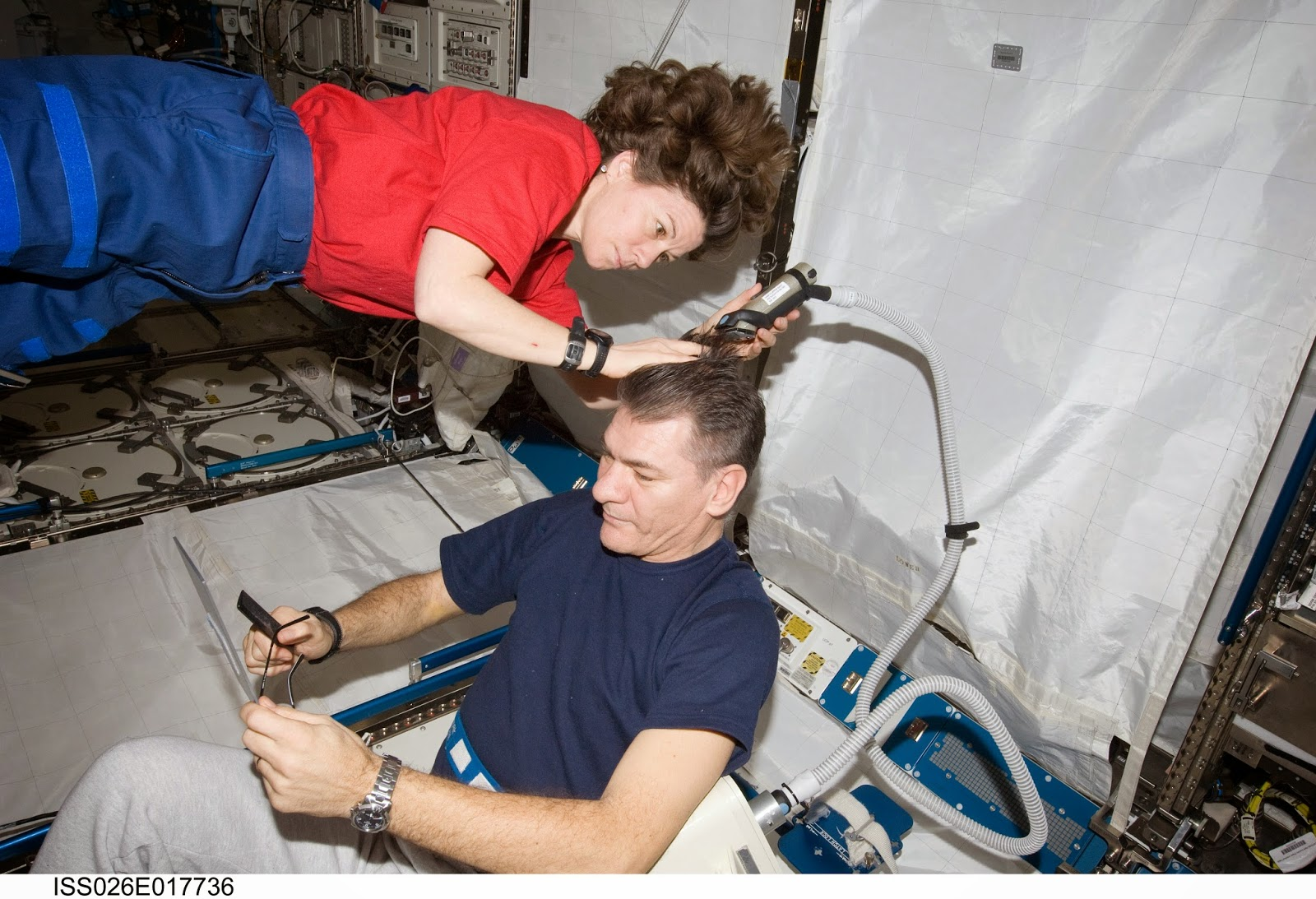Space 'n' Bathers: How Astronauts Keep Themselves Clean Aboard the