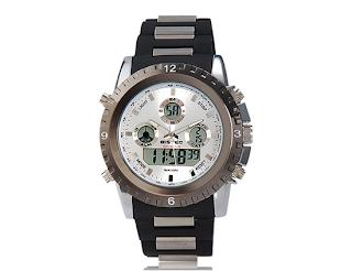 Relógio masculino dupla marcação analógico e digital.Resistente à água até 30 metros e contém luz noturna. Relógio metalico e prata, com pulseira preta
