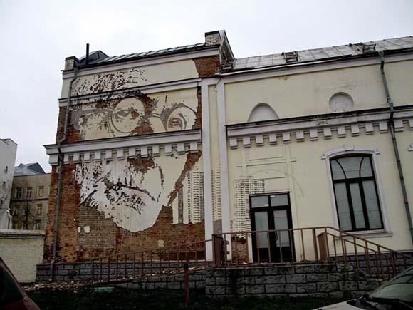 المباني القديمة تتحول الى لوحات فنية رائعة بايدي مبدعين