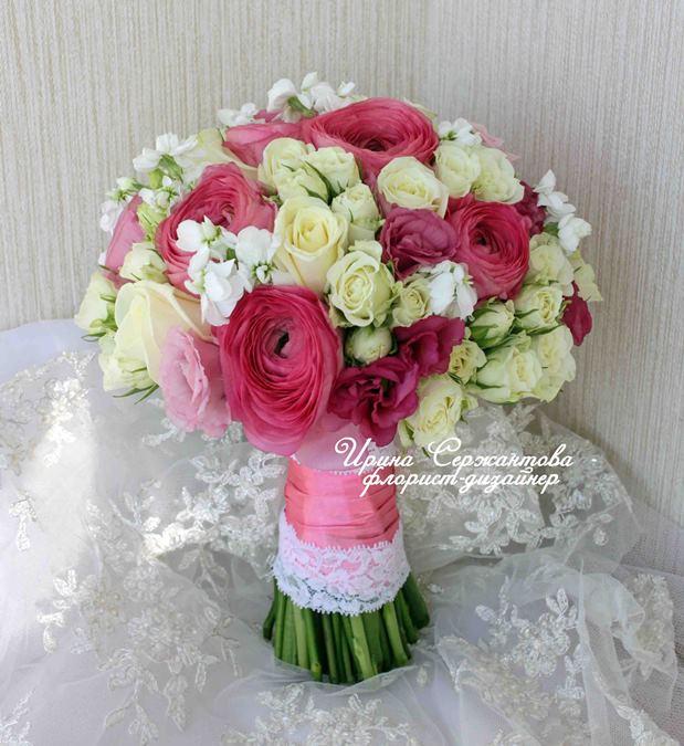 Букет невесты из живых цветов без микрофона