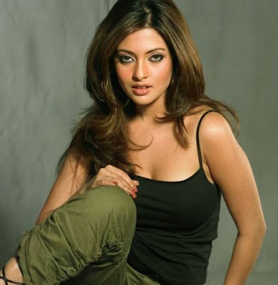 hot Riya Sen gallery