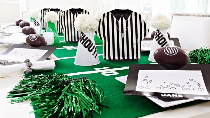 Stylish Super Bowl Party Decorating Ideas astroturf tabletop
