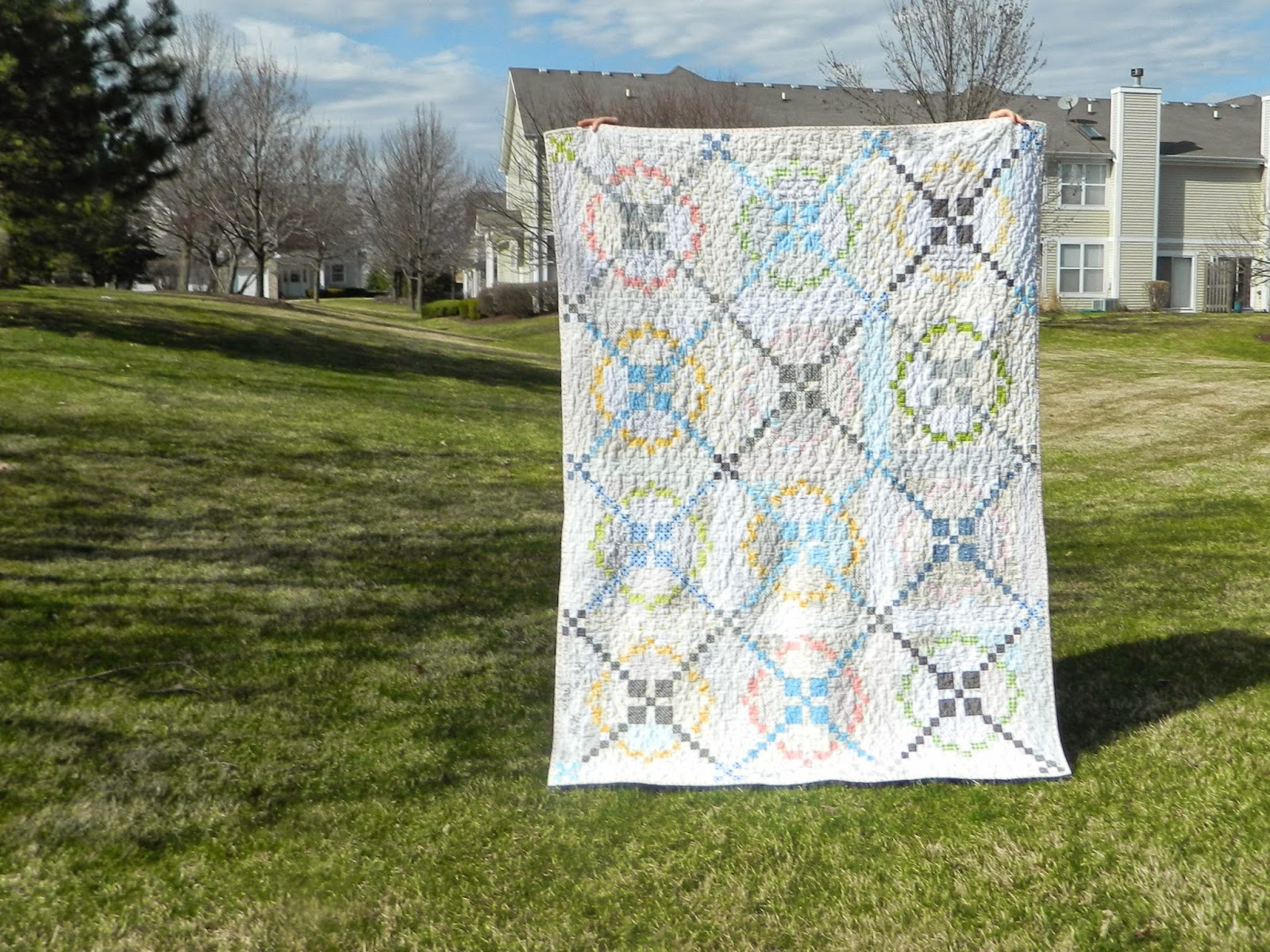 http://sotakhandmade.blogspot.com/2014/04/tone-it-down-finished-quilt.html