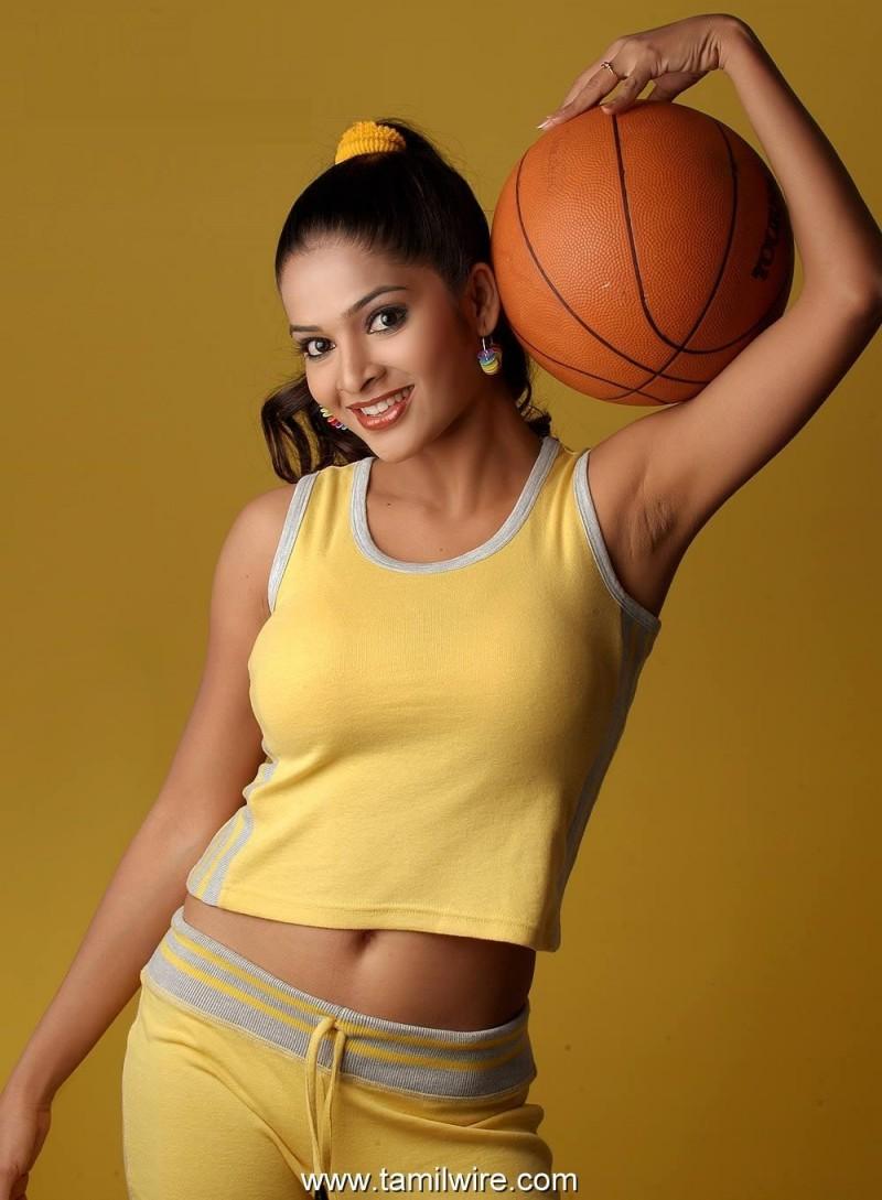 Madhumitha Swapna Hot