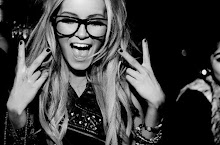 Mirame, soy feliz, ya no te necesito.#