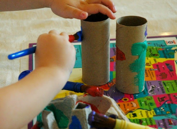 Sense of sight binocular craft, part of five Senses Theme- Weekly Homeschool Preschool