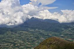Gunung Sibayak : Gunung dengan Beberapa Puncak