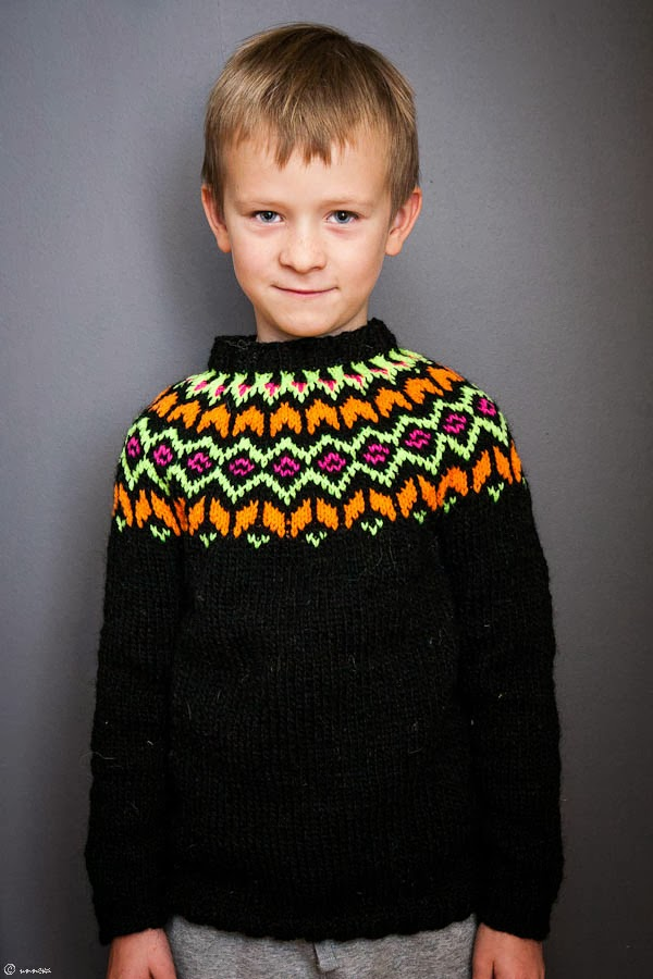 Knitwear by unneva: New sizes for the Frost pattern