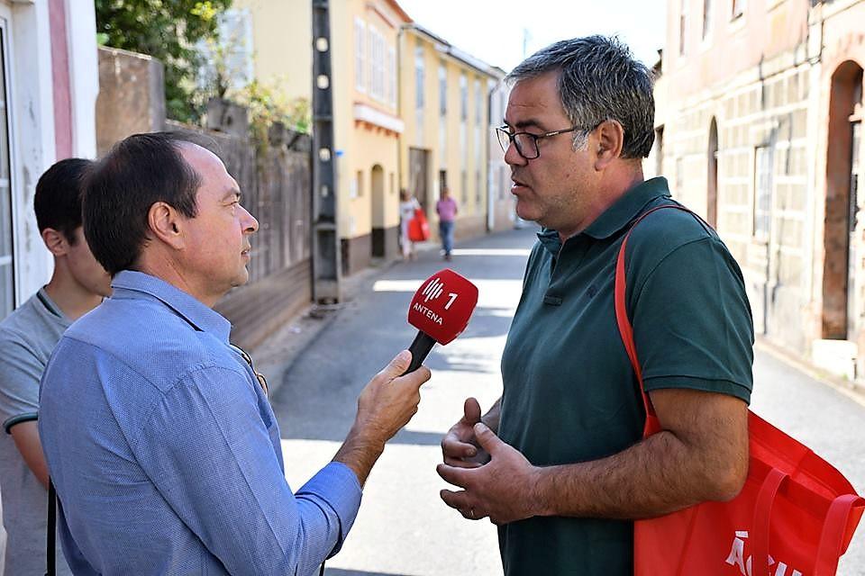 Politic´Óis 7 - Seara entrevistado pela Antena 1 em Óis da Ribeira!