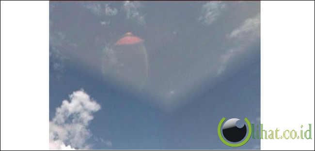 Foto alien yang tertangkap kamera 14