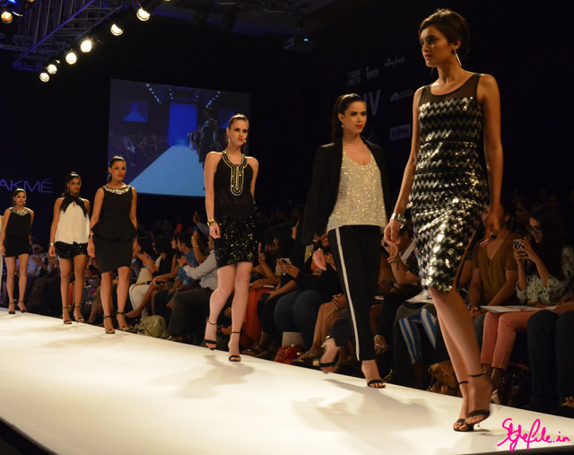 achromatic black and white bisou bisou lakme fashion week