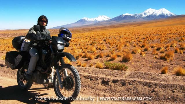 viagem de moto ao deserto do atacama no chile