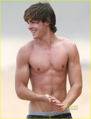 Zac Efron Shirtless Pic