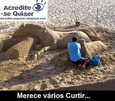Cavalo feito de areia