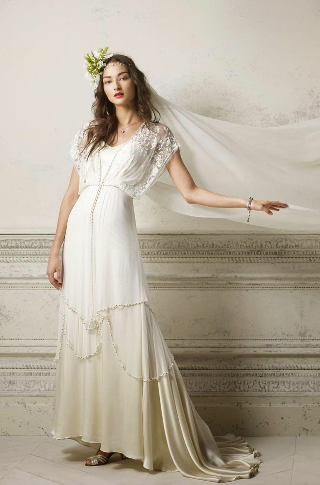 Vintage hippie wedding dresses short front long back design for Hippie vintage wedding dresses