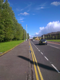 Aitkenhead Road - painted (advisory) cycle lane