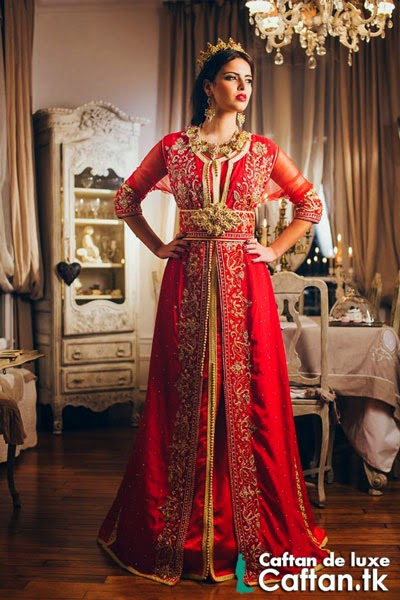 Caftan royal rouge orné 2014