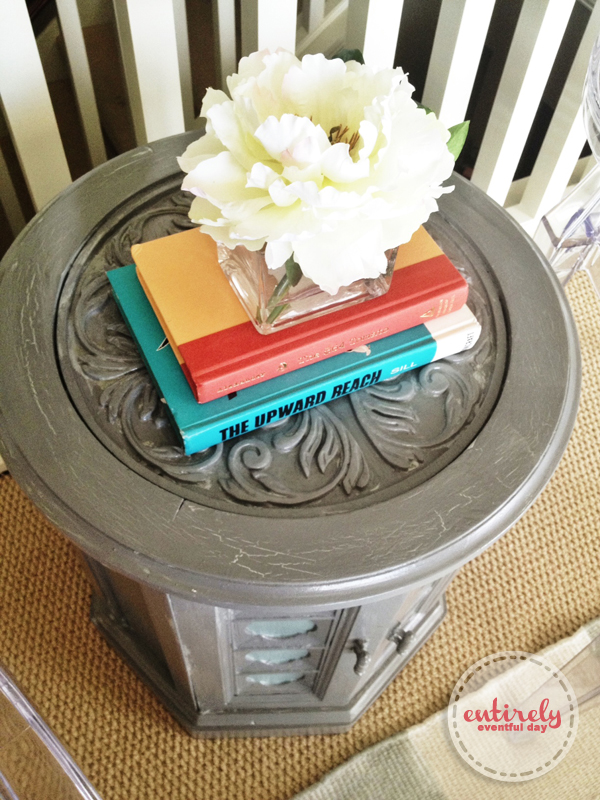 Awesome side table makeover. the crackle effect is done with Elmers glue and a blow dryer! Chalk paint and spray laquer. Love the look. entirelyeventfulday.com #table #diy